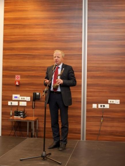 TIM liderem rankingu hurtowni elektrotechnicznych, K. Folta – menadżerem roku