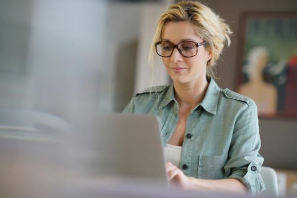 Sprzedaż okularów przez internet wzrosła o 68%. Potencjał jest ogromny