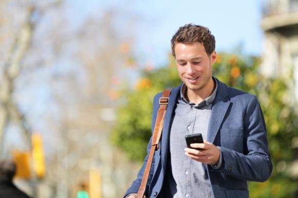 Jak technologie mobilne wpływają na nasze zakupy?