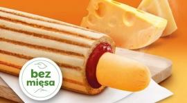 Nowy, serowy hot dog tylko w ofercie Żabka Café
