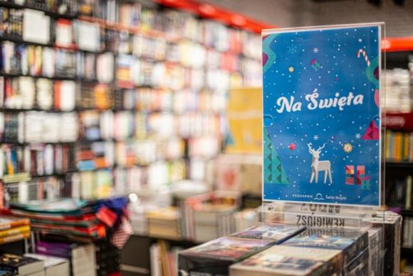 Świat Książki w Katowickiej kręci się piętro niżej